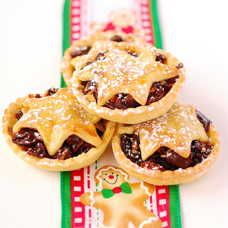anyone who knows me well will not be surprised that i have added chocolate to my mince pies this year if i can adjust a recipe to accommodate chocolate i - Christmas Pies